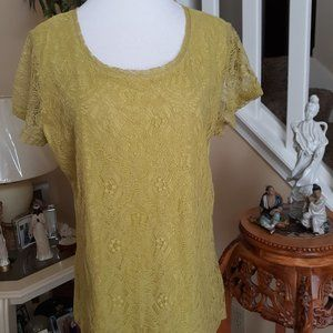 Awesome Van Heusen  Top L Lime Green NWOT